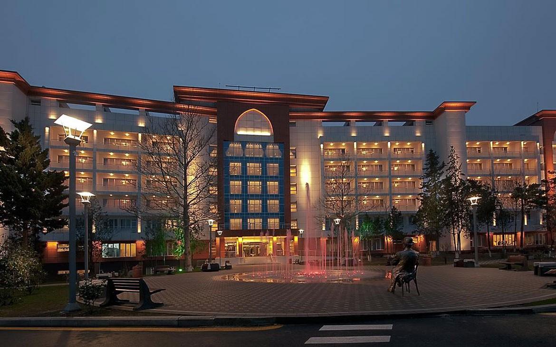 Chinar Hotel & Spa Naftalan*****