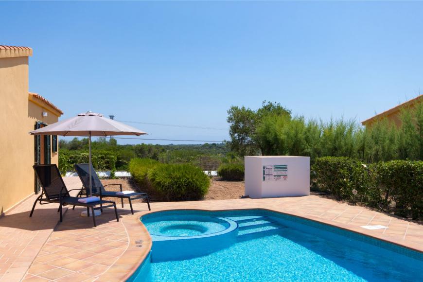 14 (Menorca Sur 14B)