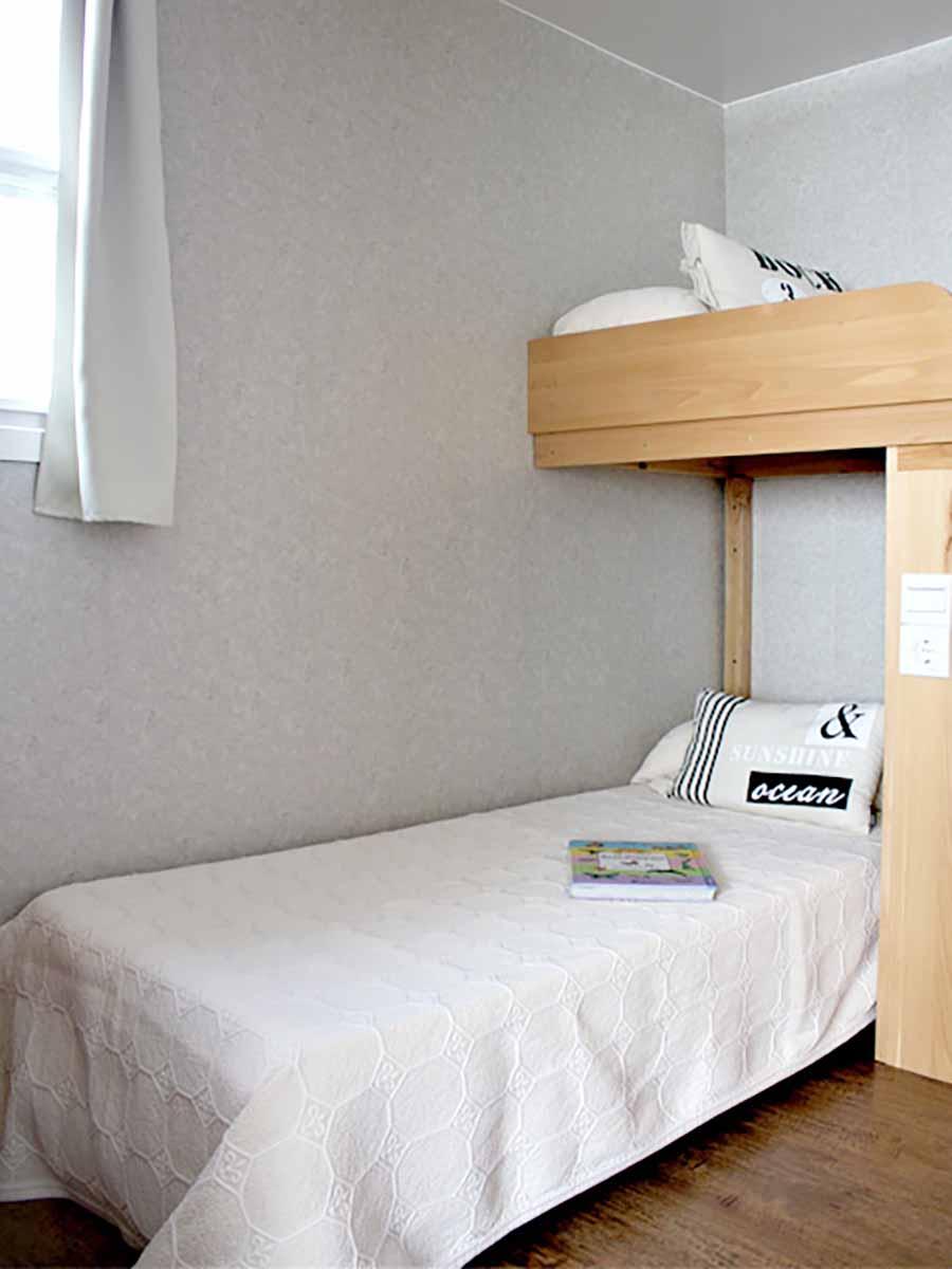 AA 8. Dormitorio 2 camas.jpg