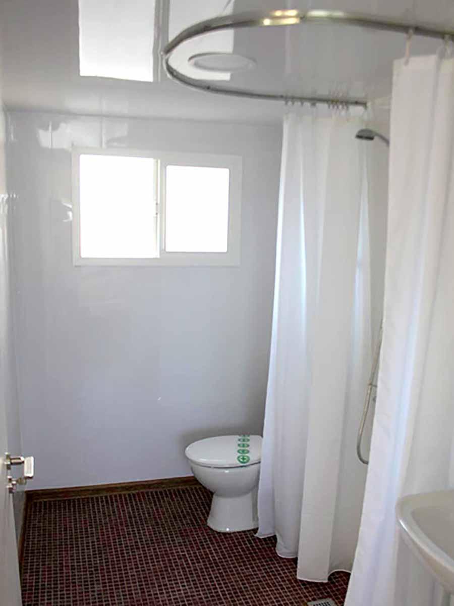 AA 9. Baño.jpg