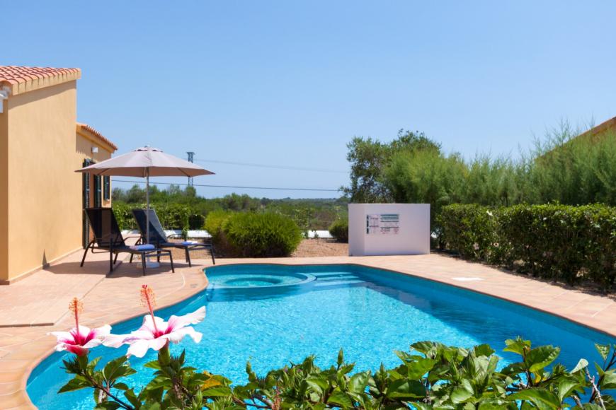 3 (Menorca Sur 14B)