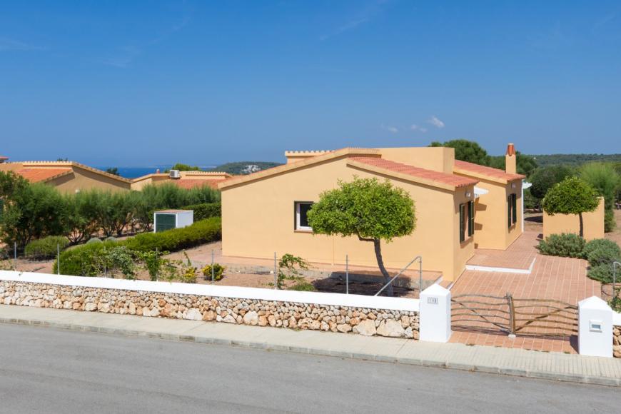 12 (Menorca Sur 14B)