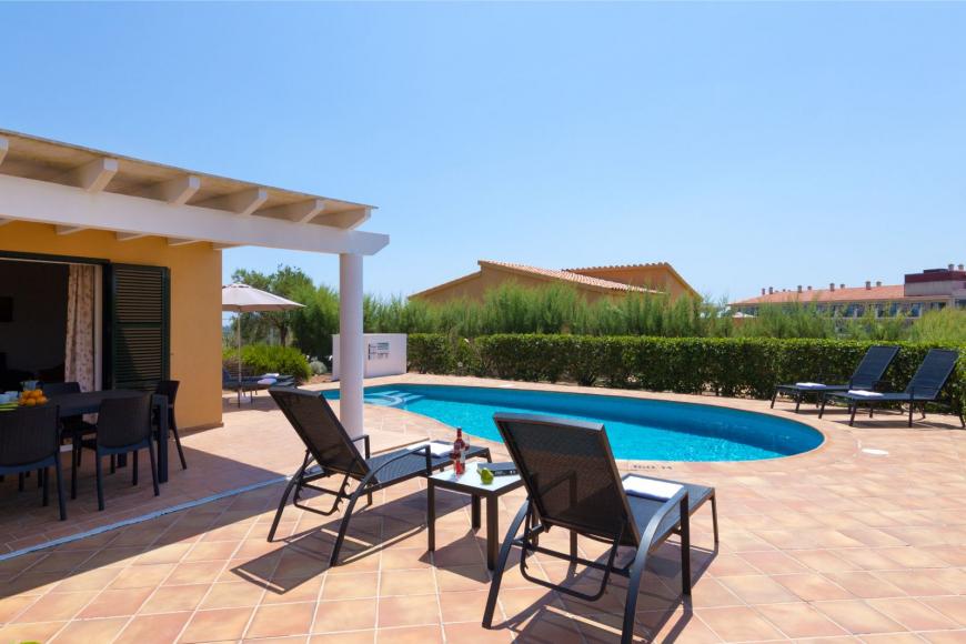 4 (Menorca Sur 14B)